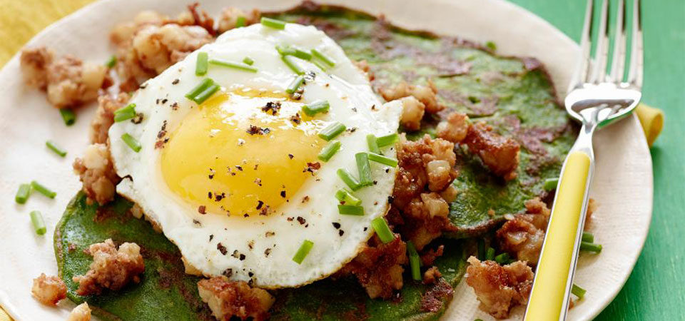 Eggs & spinach hash